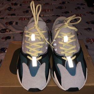 Adidas Waverunner 700 Kanye West Size 9.5